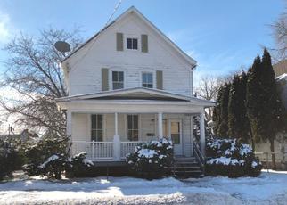 Casa en ejecución hipotecaria in Oshkosh, WI, 54901,  OTTER AVE ID: F4232757