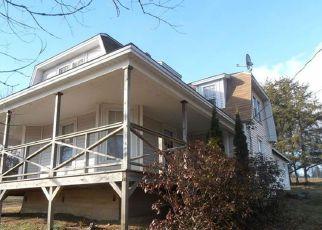 Casa en ejecución hipotecaria in Dexter, ME, 04930,  RIPLEY RD ID: F4232982