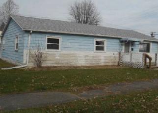 Casa en ejecución hipotecaria in Elwood, IN, 46036,  S B ST ID: F4233258