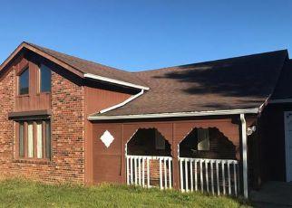Casa en ejecución hipotecaria in Waynesville, MO, 65583,  STAGECOACH RD ID: F4233410
