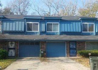 Casa en ejecución hipotecaria in Grandview, MO, 64030,  MERRYWOOD CIR ID: F4233421