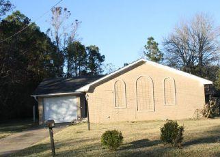 Casa en ejecución hipotecaria in Gautier, MS, 39553,  C W WEBB RD ID: F4233465