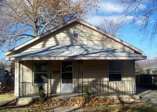 Casa en ejecución hipotecaria in Hutchinson, KS, 67501,  E 6TH AVE ID: F4233717