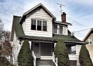 Casa en ejecución hipotecaria in Hartford, CT, 06114,  MONTOWESE ST ID: F4234008