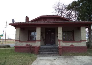 Foreclosure Home in Memphis, TN, 38105,  FORREST AVE ID: F4234372