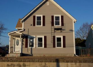 Casa en ejecución hipotecaria in Woonsocket, RI, 02895,  ADAMS ST ID: F4234407