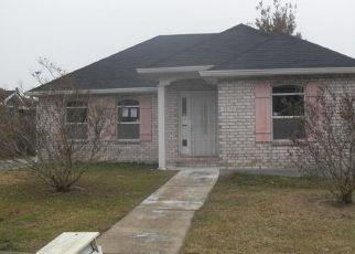 Casa en ejecución hipotecaria in New Orleans, LA, 70128,  ANNE MARIE CT ID: F4234768