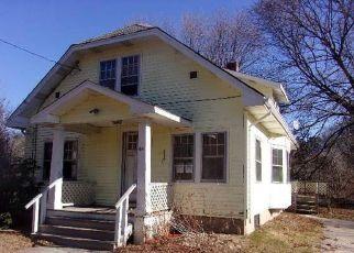 Casa en ejecución hipotecaria in Charlestown, RI, 02813,  COLUMBIA HEIGHTS OVAL ID: F4235309