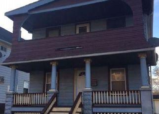 Casa en ejecución hipotecaria in Cleveland, OH, 44104,  LAMONTIER AVE ID: F4235440