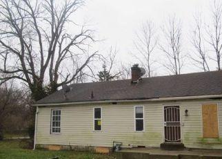 Casa en ejecución hipotecaria in Indianapolis, IN, 46218,  E 36TH ST ID: F4235820