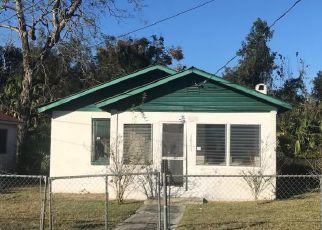 Casa en ejecución hipotecaria in Ocala, FL, 34475,  NW 3RD ST ID: F4235954