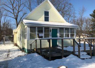 Casa en ejecución hipotecaria in South Bend, IN, 46628,  WOODLAND AVE ID: F4236628