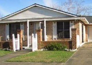 Foreclosure Home in Houma, LA, 70363,  KILLARNEY LOOP ID: F4237405