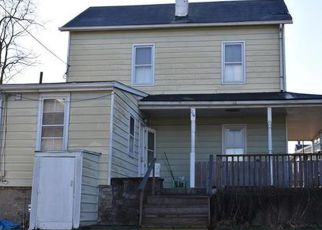 Casa en ejecución hipotecaria in Easton, PA, 18042,  5TH ST ID: F4239870