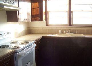Casa en ejecución hipotecaria in Hutchinson, KS, 67501,  N MONROE ST ID: F4240169