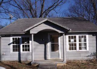 Casa en ejecución hipotecaria in Van Buren, AR, 72956,  N 7TH ST ID: F4240894