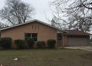 Casa en ejecución hipotecaria in Longview, TX, 75604,  CONROE ST ID: F4241207