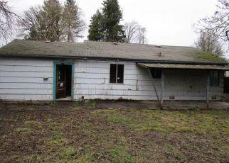 Casa en ejecución hipotecaria in Springfield, OR, 97477,  J ST ID: F4241244