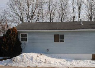 Casa en ejecución hipotecaria in Sanford, ME, 04073,  HOME ST ID: F4241571