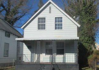 Casa en ejecución hipotecaria in Portsmouth, VA, 23702,  MANLY ST ID: F4244955