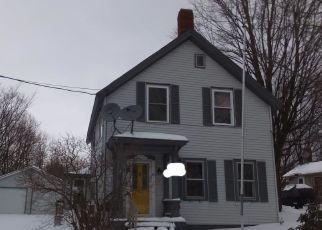 Casa en ejecución hipotecaria in Saint Albans, VT, 05478,  UPPER WELDEN ST ID: F4245002