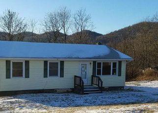 Casa en ejecución hipotecaria in Keyser, WV, 26726,  FOUNTAINHEAD DR ID: F4245141