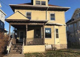 Casa en ejecución hipotecaria in Fall River, MA, 02720,  SHAWMUT ST ID: F4245604