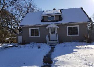 Casa en ejecución hipotecaria in Pine Condado, MN ID: F4245641