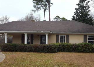 Casa en ejecución hipotecaria in Ocean Springs, MS, 39564,  GUM ST ID: F4245671