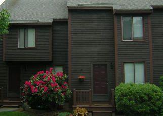 Casa en ejecución hipotecaria in Stratham, NH, 03885,  THORNHILL RD ID: F4246169