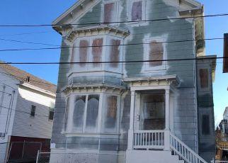 Casa en ejecución hipotecaria in Providence, RI, 02909,  PENN ST ID: F4246427