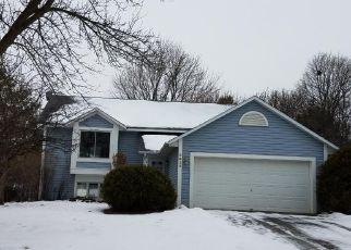 Casa en ejecución hipotecaria in Saint Paul, MN, 55125,  MCKINLEY DR ID: F4246683