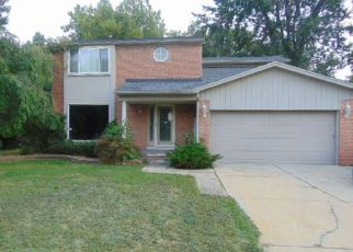 Foreclosure Home in Southfield, MI, 48076,  MEADOWOOD RD ID: F4246708