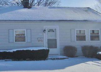 Casa en ejecución hipotecaria in South Bend, IN, 46614,  CARROLL ST ID: F4246812