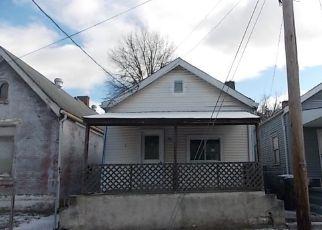 Casa en ejecución hipotecaria in Covington, KY, 41016,  PIKE ST ID: F4247154
