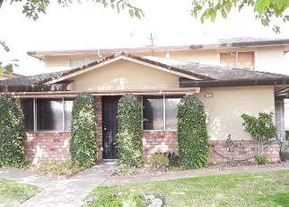 Casa en ejecución hipotecaria in Sacramento, CA, 95842,  PALM AVE ID: F4247398