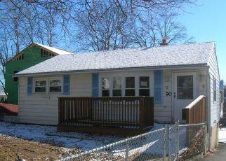 Casa en ejecución hipotecaria in Waterbury, CT, 06705,  VIRGINIA AVE ID: F4247924