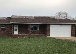 Casa en ejecución hipotecaria in Waynesville, MO, 65583,  SPENCER RD ID: F4247959