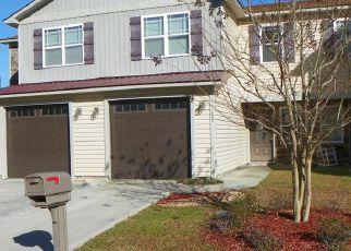 Casa en ejecución hipotecaria in Jacksonville, NC, 28546,  KENAN LOOP ID: F4248352