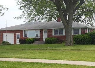 Casa en ejecución hipotecaria in Henry Condado, IL ID: F4249243