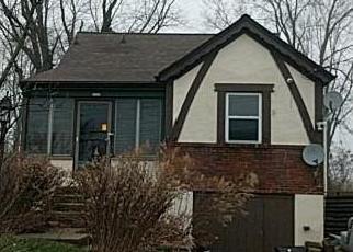 Casa en ejecución hipotecaria in Cincinnati, OH, 45211,  VAN ZANDT DR ID: F4249384