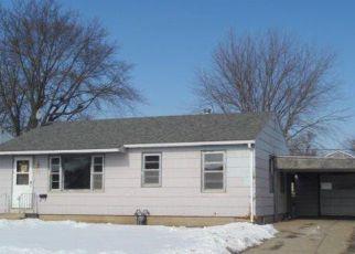 Casa en ejecución hipotecaria in Austin, MN, 55912,  4TH AVE SE ID: F4249789