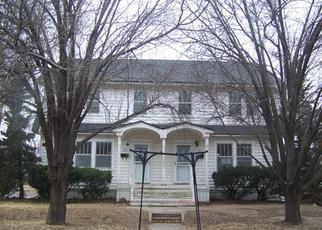 Casa en ejecución hipotecaria in Hutchinson, KS, 67501,  E 17TH AVE ID: F4250051