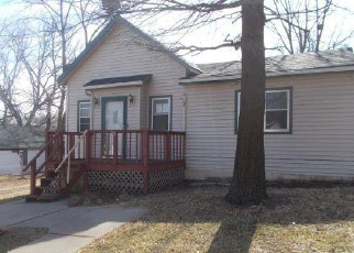 Casa en ejecución hipotecaria in Leavenworth, KS, 66048,  CHESTNUT ST ID: F4250055