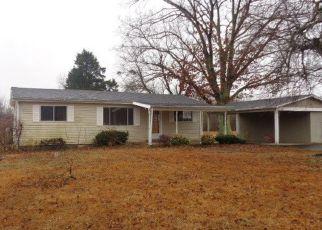 Casa en ejecución hipotecaria in Graves Condado, KY ID: F4250070