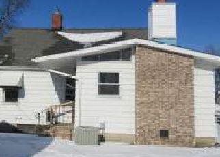Casa en ejecución hipotecaria in Eastlake, OH, 44095,  CRESTHAVEN DR ID: F4250312