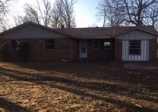 Casa en ejecución hipotecaria in Tahlequah, OK, 74464,  E 760 RD ID: F4250355