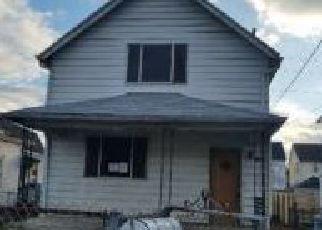 Casa en ejecución hipotecaria in Charleston, WV, 25302,  6TH ST ID: F4250540