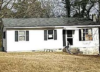 Casa en ejecución hipotecaria in Clinton, TN, 37716,  W BROAD ST ID: F4251037