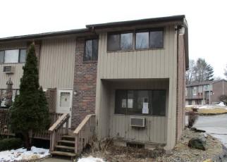 Casa en ejecución hipotecaria in Waterbury, CT, 06708,  OAKVILLE AVE ID: F4253405